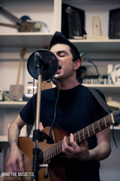 01 Anti-Flag Acoustic-2