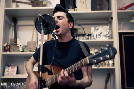 01 Anti-Flag Acoustic-3