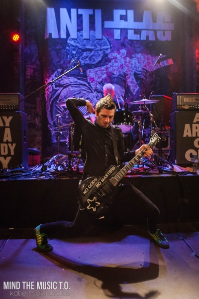04 Anti-Flag-10
