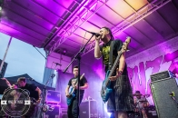 05 Less Than Jake-Outdoor-7